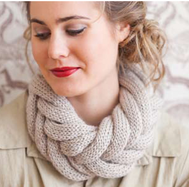 Vogue Knitting Cowl Pattern : Knitting Up Fashion With i-Cord   Curls and Q